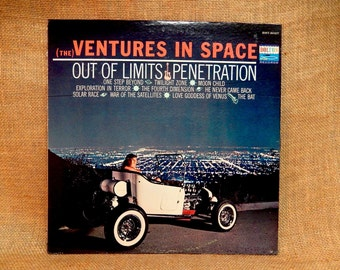 THE VENTURES - The Ventures in Space - 1964 Vintage Vinyl Record Album
