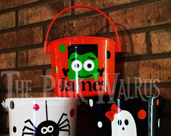 Personalized Toddler Halloween Bucket, Personalized Halloween bucket pail, Trick or Treat Bucket