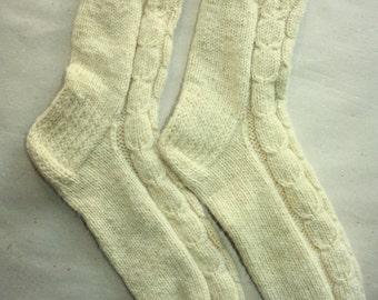 26 cm /// 10,2 inches Lovely hand knitted socks, Slipper Socks, - Unisex - US Men 7 /// US Women 8,5 /// EU 39