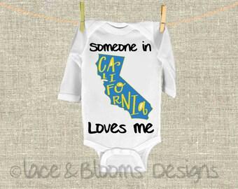 Someone In California Loves Me - Onsie - CA State Onsie - Baby Shower Gift - Baby Clothing - Photo Prop