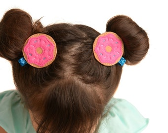 Donut pig tails - Pig tail clips - Piggy tail clips - Donut clips - Toddler pig tails - Sprinkle pig tails - Toddler bows