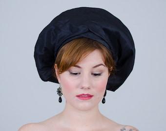 1960s vintage hat / beret / Saks Fifth Avenue