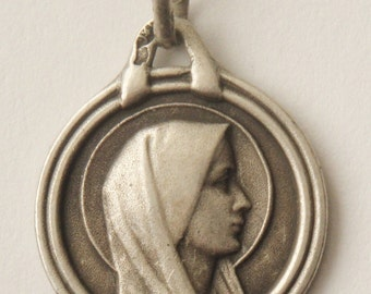 """Portrait of Holy Virgin Mary Vintage Silver Religious Medal Pendant on 18"""" sterling silver rolo chain"""