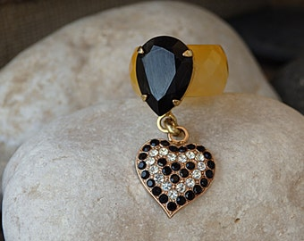 Heart shape ring. Yellow agate ring with swarovski crystal heart. Drop heart ring. Big black teardrop ring. Swarovski ring. Black gemstone