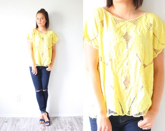 Vintage yellow lace top // bohemian blouse // lace embroidered top // festival style top // floral boho top // bohemian // yellow blouse