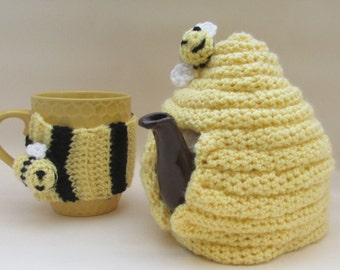 Bee for One! Crochet Beehive Tea Cosy and Mug Cosy Set