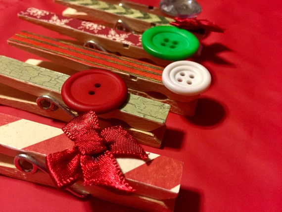 Christmas Clothespin Magnets - Set of 6 Holiday Decorated Clothespin Clips for Christmas Card Holders and Photo Frames