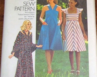 Simplicity 7332 Sundress, Halter Maxi Dress, Shawl Womens Misses Vintage 1970s How To Sew Sewing Pattern Size 14 Bust 36 Uncut Factory Folds