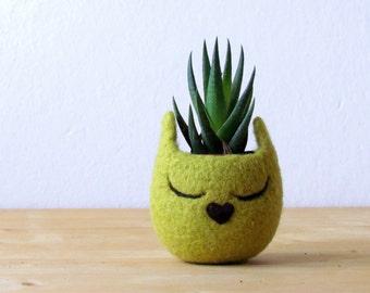 Cat head planter / Small succulent pot / Olive cat / Felt succulent planter / cat lover gift - Choose your color!