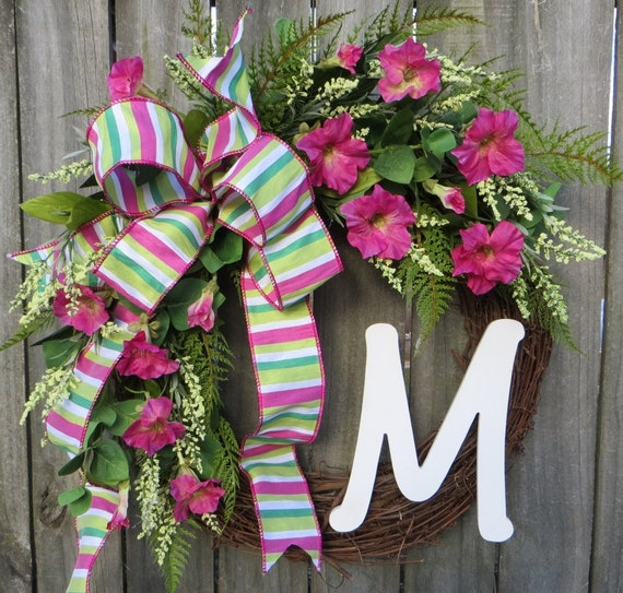 Spring Wreath, Spring / Summer Wreath, Pink Petunia Wreath, Monogram Wreath, Wreath with Letter, Housewarming Wreath, Mother's Day Wreath