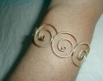 vintage sterling silver cuff bracelet spirals rolling waves filigree 24 grams wide 925