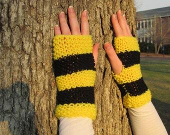 Hufflepuff Fingerless Gloves; Harry Potter World of Hogwarts