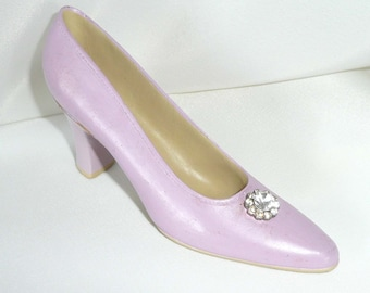 Rhinestone Shoe Purple Lavendar Fun Vintage Retro Collectible