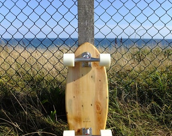 cruiser skateboard made from reclaimed pallets - 100% eco friendly