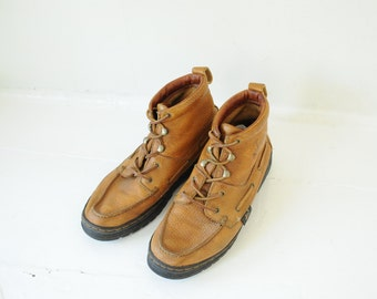 Vintage Justin Pebbled Leather Tall Lace Up Chukka Ankle Boots, Mens 9 / ITEM157
