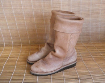 Vintage Man's Tan Light Brown Sheepskin Flat Ankle Boots  Size EUR 42 / US 9