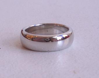 Timeless Platinum Wedding Band - Tiffany and Co. - Plain Band