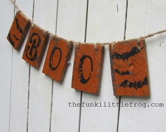 BOO! Wooden Halloween Banner Handpainted Rustic Aged on Reclaimed Wood. The funki little frog