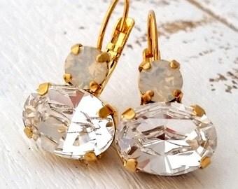 Clear crystal drop earrings,Bridal earrings,Bridesmaids gifts,Opal drop earrings,Dangle earring,Swarovski earring,Gold earrings,drop earring