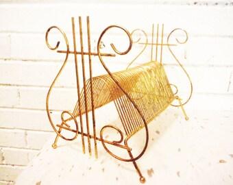 Record holder rack Lyre harp shaped vintage brass wire elgant music room office