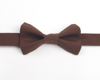 Chocolate Brown bow tie, brown bow tie, boys bow tie, men's bow tie, adult bow tie, kids bow tie, child bow tie, pre-tied bow tie, brown tie