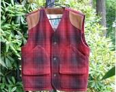 Vintage Wool Plaid Vest in Red and Black Plaid Hunting Vest - Golden Bear San Francisco Mens Clothing, Medium Outdoorsman, Vintage Mens Vest