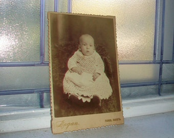 Antique Cabinet Card Photograph Victorian Baby Girl 1800s