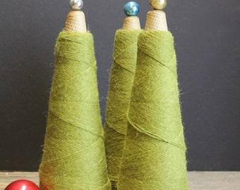Vintage Wool Skeins Green Wool // Christmas Tree Skeins