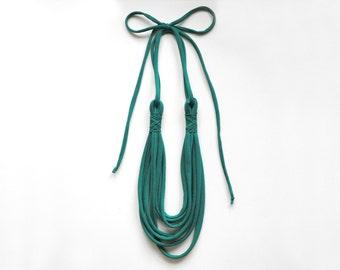 more colors - El romántico necklace - handmade in emerald jersey fabric