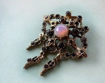 Vintage Opal Glass Rhinestone Brooch - Garnet Renaissance Pin - Medieval Elizabethan Florenza