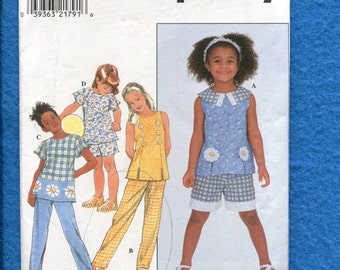 Simplicity 8200 Spring & Summer  Tops Pants or Shorts for Girls Size 3 to 6 UNCUT