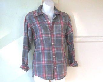 "Vintage 1970s Grey Plaid Flannel Shirt - Retro John Boy/Country/'Old Man' Grey Flannel Shirt; 40"" Chest/Bust"
