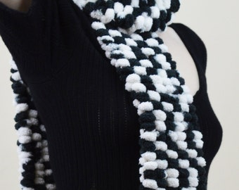 80s Plush Chunky Knit Monochrome Black And White Avant Garde Fleecy Bubble Scarf