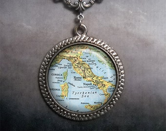Italy map necklace, Italy map pendant necklace, Italy map jewelry, Italian jewelry, Italy necklace, Italy charm necklace map jewelry