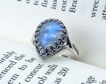 Pear Rainbow Moonstone Ring / Oxidized Sterling Silver / Moonstone Solitaire Ring / June Birthstone Ring / Gemstone Ring / Moonstone Jewelry