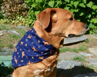 Golden retrievers and geese - No tie dog bandana - Goes over collar - Dogs and ducks on navy - Small Medium Large