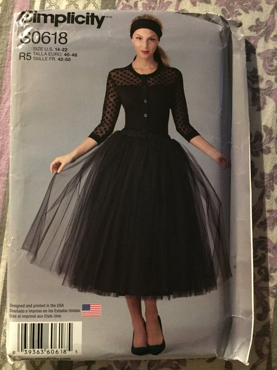 Simplicity 0618 Sewing Pattern Misses Tulle Skirt Size 14-22