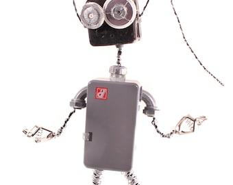 Kaui, Bot Number: 2014156. Found object. Robot sculpture. Home decor. Big Robot. Lee Bots