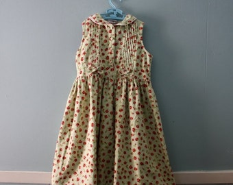 ON SALE Girl's Vintage Floral Print Cotton Dress , Mint Green Dress with Red Roses Sleeveless Dress / Girl's size 6