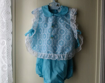 Vintage apron dress /pinafore and sunsuit / romper / 1960s/70s robin egg blue and white outfit with lace & ruffles/ 6 to 12 months