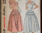 """1940's Simplicity Junior's Peasant style One Piece Dress pattern - Bust 31"""" - No. 2512"""