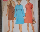 """1960's Simplicity A-Line Dress pattern in two sleeve lengths - Bust 44"""" - No. 8162"""