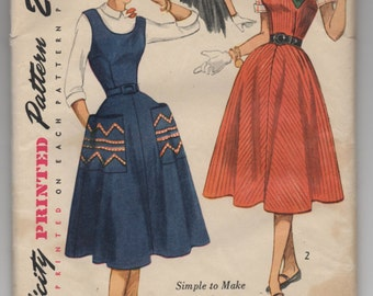 "1950's Simplicity Junior's Dress or Jumper pattern - Bust 32"" - No. 3677"