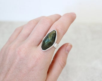 Labradorite Ring, Size 8 US, Cocktail Ring