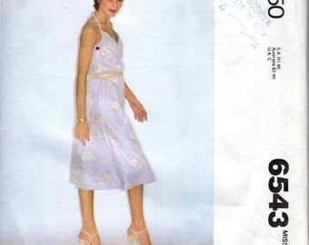 "Easy 1970's Women's Wrap-Dress, Sundress Pattern - Size Small (10-12), Bust 32 1/2"" to 34"" - McCall's 6543"