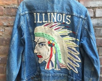 VINTAGE 1970's Levis Illinois Indian Head Embroidered Denim Jean Jacket