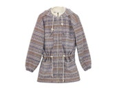 Hudson Bay Jacket - Mockneck Jacket Long Sleeves Fleecy Polar Fleece 80s Hoodie MARMOT OVERSIZED JACKET Waist Tie Light Purple Striped Geo