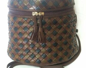 Vintage Bottega Veneta brown, khaki, and dark green triple color intrecciato lunchbox, fisherman bag shape shoulder bag. Mini purse.