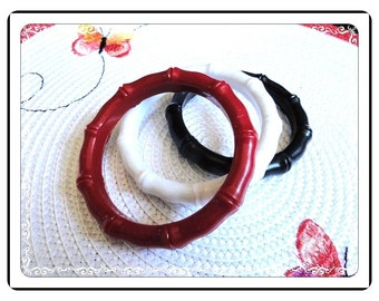 Bamboo Style Bangle Bracelets - Lets Hear it For The Red White and Blue  - Vintage Lot of 3 - Brac-1736a-052114005