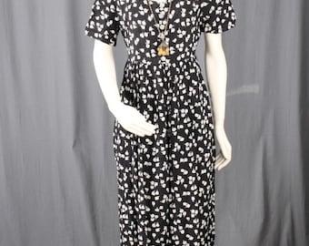 Black maxi dress black floral dress flower power 70s Bohemian Boho HIppie grunge women size M Medium